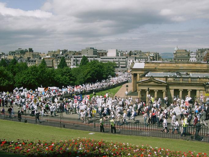 The crowds in Edinburgh